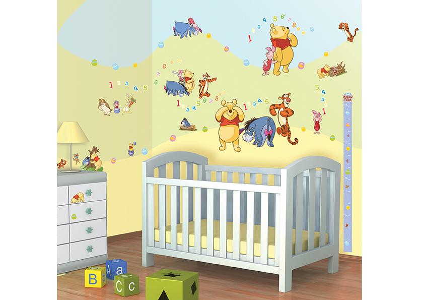 Samolepicí dekorace Walltastic Medvídek Pú 34 x 46 cm 41486 (Dětské samolepicí dekorace)