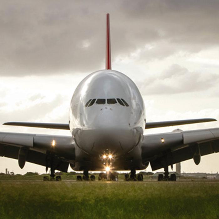 Fototapeta na zeď Dimex Airbus L-528 | 220x220 cm (2-dílná fototapeta | lepidlo a pošta zdarma)