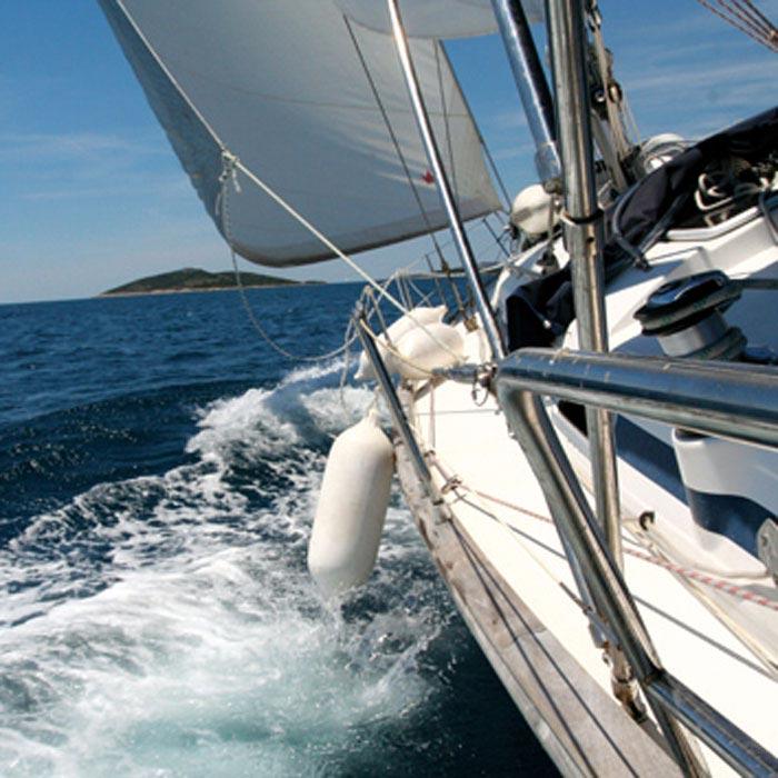 Fototapeta na zeď Dimex Sailing L-529 | 220x220 cm (2-dílná fototapeta | lepidlo a pošta zdarma)