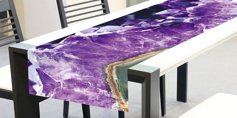 Běhoun na stůl Amethyst TS-015 - 40 x 140 cm (Moderní ubrus   100% polyester)