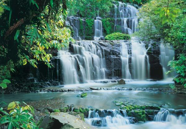 Fototapety na zeď Pura Kaunui Falls 8-256 (8-dílná fototapeta)