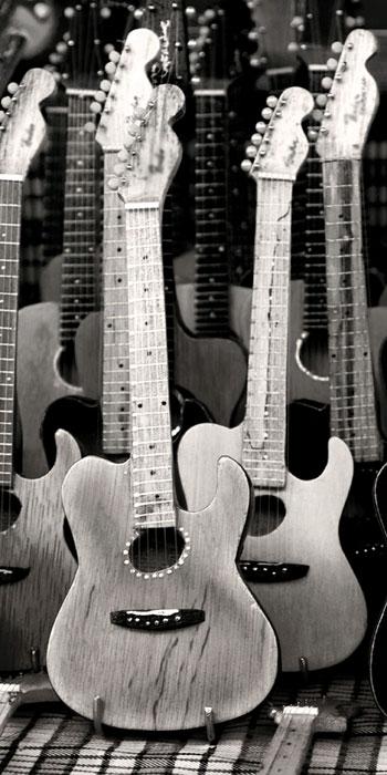 Fototapety na podlahu Dimex Guitars FL85-023 85x170 cm (1-dílná laminovaná fototapeta)